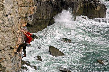 David Noddings climbing The Fascist and Me (E4) at Trevallen, Pembroke.