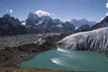 The Gokyo Lakes, with Cholatse and the Ngozumpa glaciaer behind.