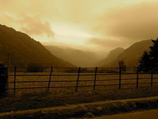 Borrowdale - Lookout for rain