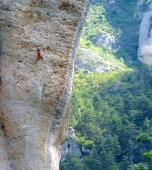 Some strong french bloke walking up an 8a in the Tarn