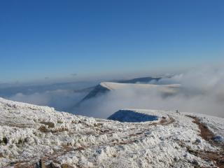 frosty morning on pen y fan, Breacon